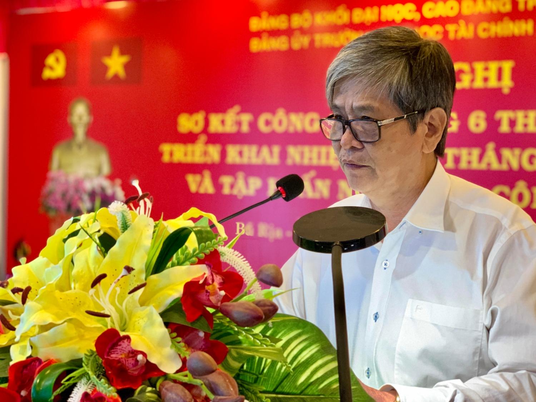 Đồng chí Phạm Thiên Kha - Phó Bí thư thường trực Đảng ủy Khối ập huấn nghiệp vụ công tác Đảng